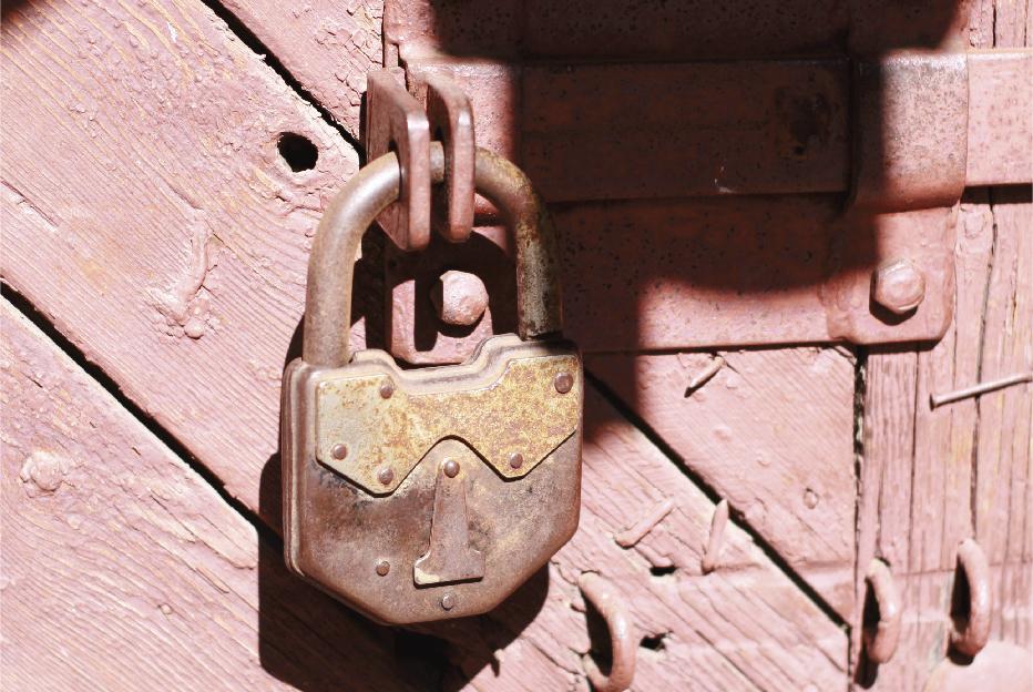 Lubricating the lock